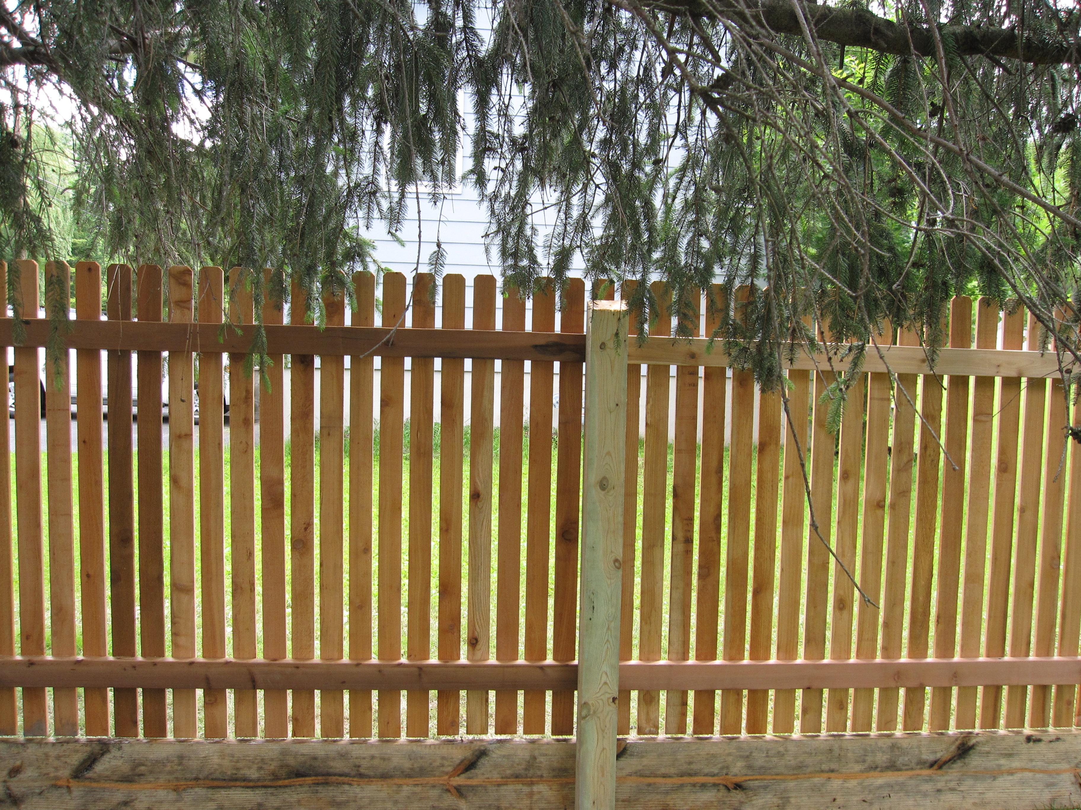 Picket Fences – Whitmore Fence